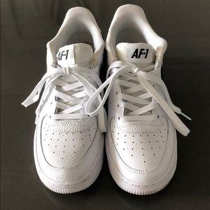 Nike AF-1 Sneakers